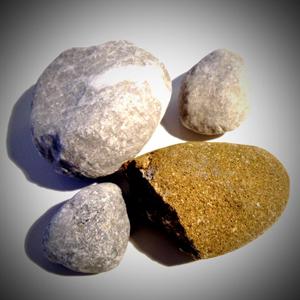 石や粘土を使ったアニメーション
